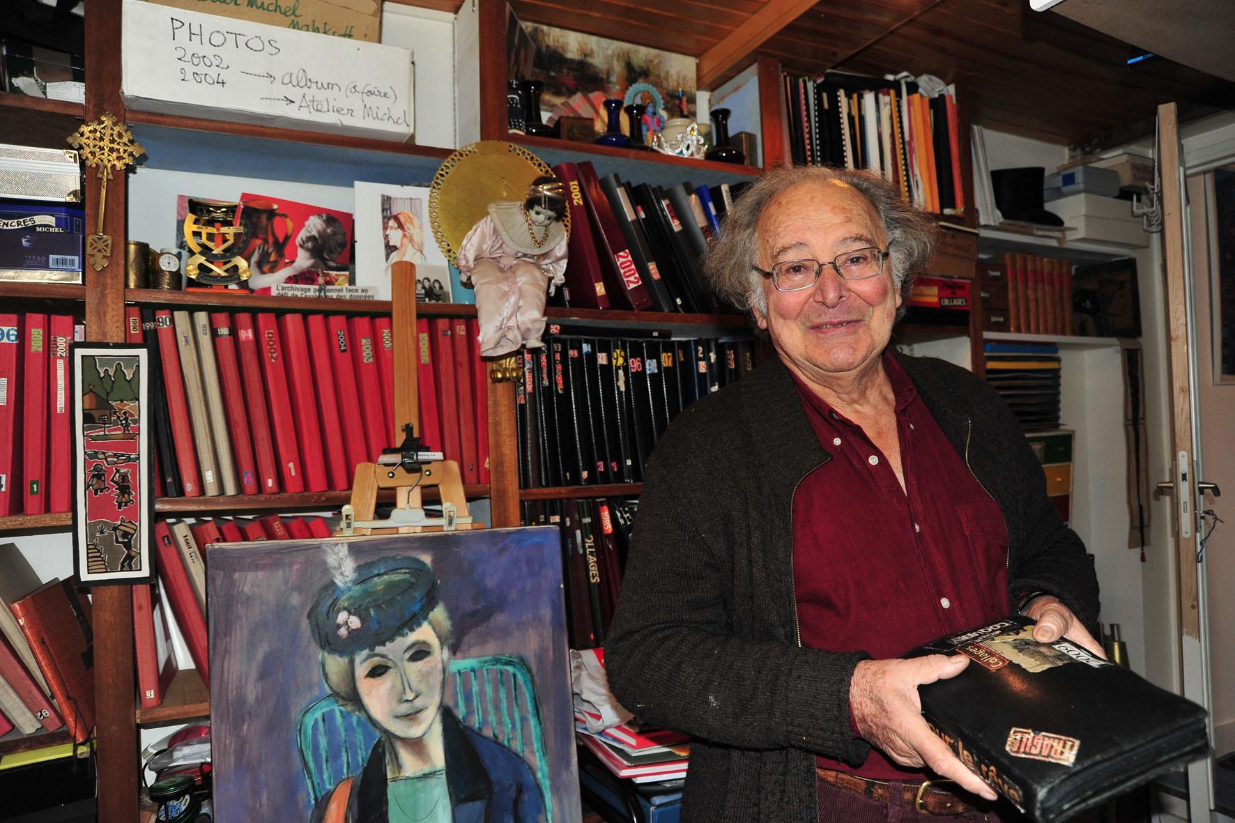 Michel Coquery dans son atelier || Michel Coquery in his artist's studio