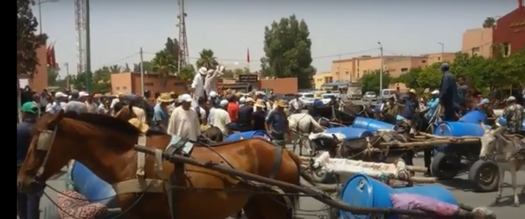 mobilisation des habitants des villages périphériques d'El Youssoufia contre l'épuisement des réserves hydriques